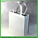 Bolso de compras de papel favorable al medio ambiente, hecho del papel tejido