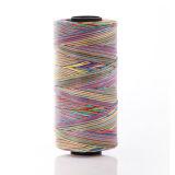 Hilo de coser hecho girar el 100% del arco iris del poliester