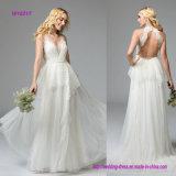 Böhme, der einen vorderen Halter-Ausschnitt und rückseitiges ein Schlüsselloch-Hochzeits-Kleid kennzeichnet