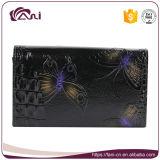 De In reliëf gemaakte Portefeuille van Fani Douane met het Af:drukken van de Vlinder