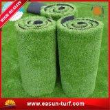Groen Binnen Kunstmatig Gras en het Synthetische Gazon van het Gras