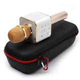 Mini karaoke Mic tenuto in mano senza fili con l'altoparlante di Bluetooth