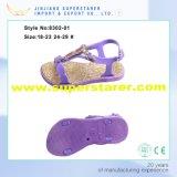 Самые последние сандалии девушок PVC конструкции, вскользь открытый пец ноги ягнятся сандалии с украшением Rhinestone