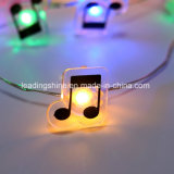 Lumière féerique blanche chaude de lueur vacillante de fil argenté de la forme DEL de note de musique pour des décorations de chambre à coucher