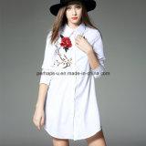 De manier borduurde de Witte Blouse van de Manier van het Overhemd van Dames Lange