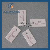 中心の印刷の衣類のこつの札