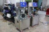 Máquina manual automática de la cápsula del prolongador Bzx-65 del casquillo de la botella plástica de cristal rotatoria del vacío