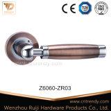 이탈리아 디자인 아연 문 손잡이 로즈 (Z6011-ZR05)에 단단한 레버 손잡이