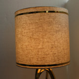 Lámpara de vector de cobre amarillo Polished de lectura de la cabecera de lino decorativa de la tela del hotel