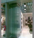 Portello scorrevole di vetro