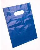 O costume imprimiu o saco de compra cortado do punho do furo de perfurador do saco do portador plástico plástico