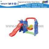 Het plastic Speelgoed van de Peuter met de Dia van de Schommeling en het Doel van het Basketbal (hc-16409)