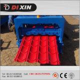 Dx sulle mattonelle di tetto di sconto che formano macchina