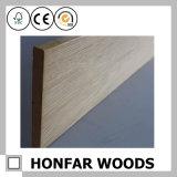 Moulage de bordage de décoration de construction en bois à la maison de matériau