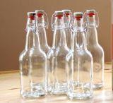 Bouteille en verre de dessus fait sur commande d'oscillation pour le jus, l'eau, lait