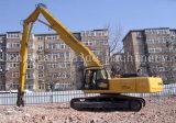 A máquina escavadora pulveriza