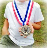 De gouden Zilveren Medailles van het Brons voor de 1st 2ND 3de Toekenning van de Plaats met Optie van Helder of Antiquiteit eindigen, Rood Wit Blauw Lint