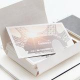 Diverses cartes de papier de cadeau, cartes d'invitation, impression de cartes de visite professionnelle de visite