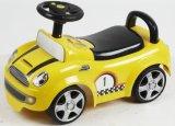 O passeio quente das vendas no carro caçoa o brinquedo do plástico do bebê das crianças