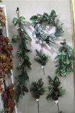 Hoja de la magnolia de la guirnalda de la Navidad \ guirnalda de la baya del acebo