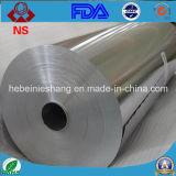 Envase de alimento que hace el papel de aluminio en rodillo enorme