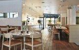 Jogos de madeira modernos da mobília do restaurante para a tabela e cadeiras Stackable