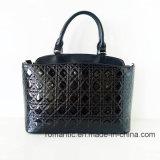 Modische Handtaschen der Form-Dame-PU Emrboidery mit Kette (NMDK-052703)