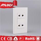 Preiswerte elektrische Universalküche-Plastikkontaktbuchse der wand-220V