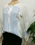 2017 New Fashion White Embroidery Women Blouse Design Bandage à manches longues en vrac Vêtements en gros
