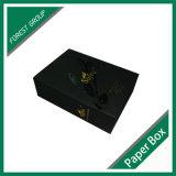 Caja de embalaje del vino acanalado negro de Matt con insignia del oro