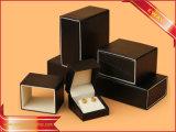 Cadre de papier noir d'emballage de cadeau de cadre de boucle de cadre de bijou