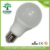 PBTのプラスチックとアルミニウムが付いているIC 85-265V 9W LEDの球根