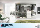 De eenvoudige Garderobe van de Slaapkamer van de Kast van de Melamine van het Ontwerp