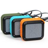 Bluetoothの実行中の小型携帯用無線スピーカー