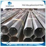 Calle solar de acero galvanizada en baño caliente Lighs postes del brazo hexagonal doble