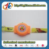Het populaire Koele Speelgoed van de Schutter van het Horloge van het Speelgoed Plastic Ruimte Vliegende