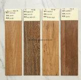 Mattonelle di pavimento rustiche di legno della ceramica di Foshan