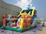 Corrediça inflável gigante da selva de Clourful com os animais da plataforma e dos desenhos animados