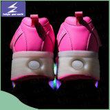 OEMは男女兼用LEDのクリスマスの照明の靴をカスタマイズする