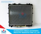 ラジエーターOEMを競争させる高性能の自動冷却アルミニウム: ヒュンダイKIA Sportage'99-のためのOk022-15-200A