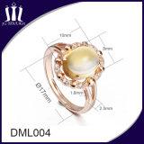 Anello di cerimonia nuziale delle donne dell'argento sterlina dell'oro 925 della Rosa con il grande cristallo giallo