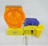 カスタマイズされた青いLEDの警告のバリケードの太陽標識燈