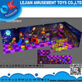 Структура игры конкурсных малышей торгового центра крытая