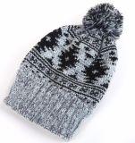 자동 고사포를 가진 겨울 Mens 자카드 직물 온난한 뜨개질을 한 모자