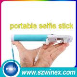 Bâton pliable de Monopod Selfie de mini téléphone mobile en gros avec le câble/fil