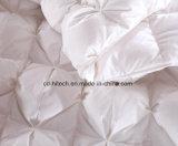 زهرة إوزّة أبيض إلى أسفل وريش [دوفت] دافئ