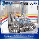 China avanzó la máquina de relleno de la planta del agua mineral de la botella