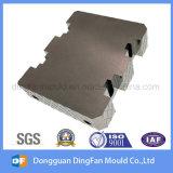 Nichtstandardisierte kundenspezifische CNC-maschinell bearbeitenteile hergestellt in China