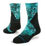 Яркой сделанные по образцу бирюзой яркие носки обжатия элиты жаккарда