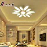 Теплый и романтичный тип потолочная лампа цветка своеобычности СИД